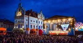 Carpathia Festival 2018: Bednarek, przeboje Dzikowskiego i muzyczna bitwa (PROGRAM)